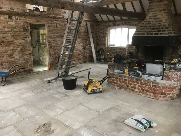 Lime Screed floor with slabs
